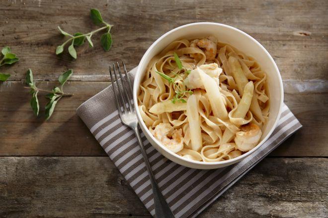 Pasta met langoustines en asperges