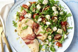 Foto van Kip saltimbocca met tomaat-mozzarella salade