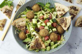 Foto van Salade fattoush met falafel