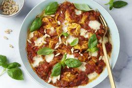Foto van Snelle 'one pot lasagne' met tortellini
