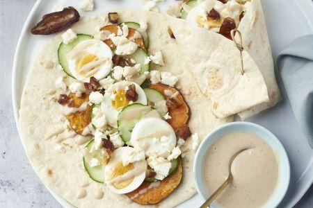 Midden-Oosterse veggie wrap met zoete aardappel en feta