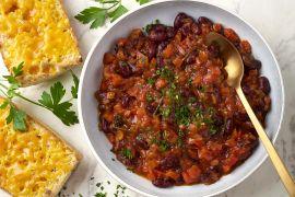 Foto van Stoofpotje met tomaat, bonen en kaastoast