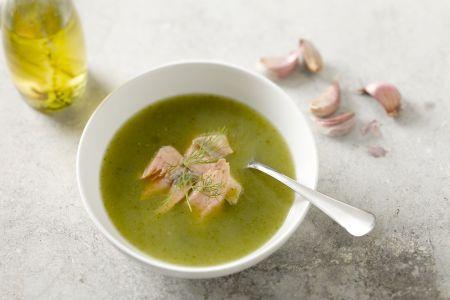 Courgettesoep met zalmforel