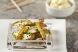 Foto van Aardappeltjes met knoflookdip