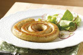 Foto van Kippenworst met radijsjessalade en mierikswortelsaus