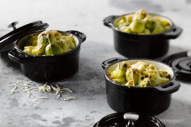 Foto van Minigratins van spruitjes, prei en kippengehakt