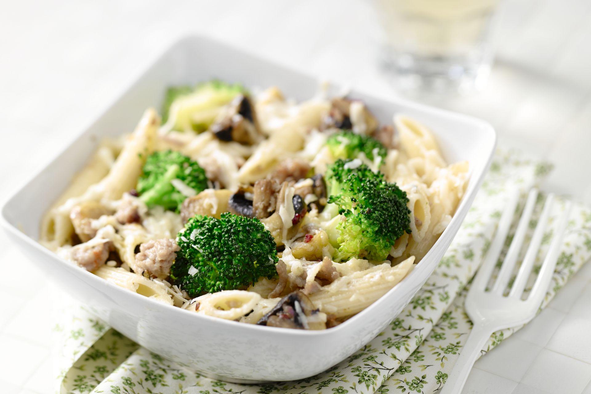 Penne met gehakt en broccoli
