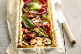 Foto van Vegetarische taart met pesto en geitenkaas