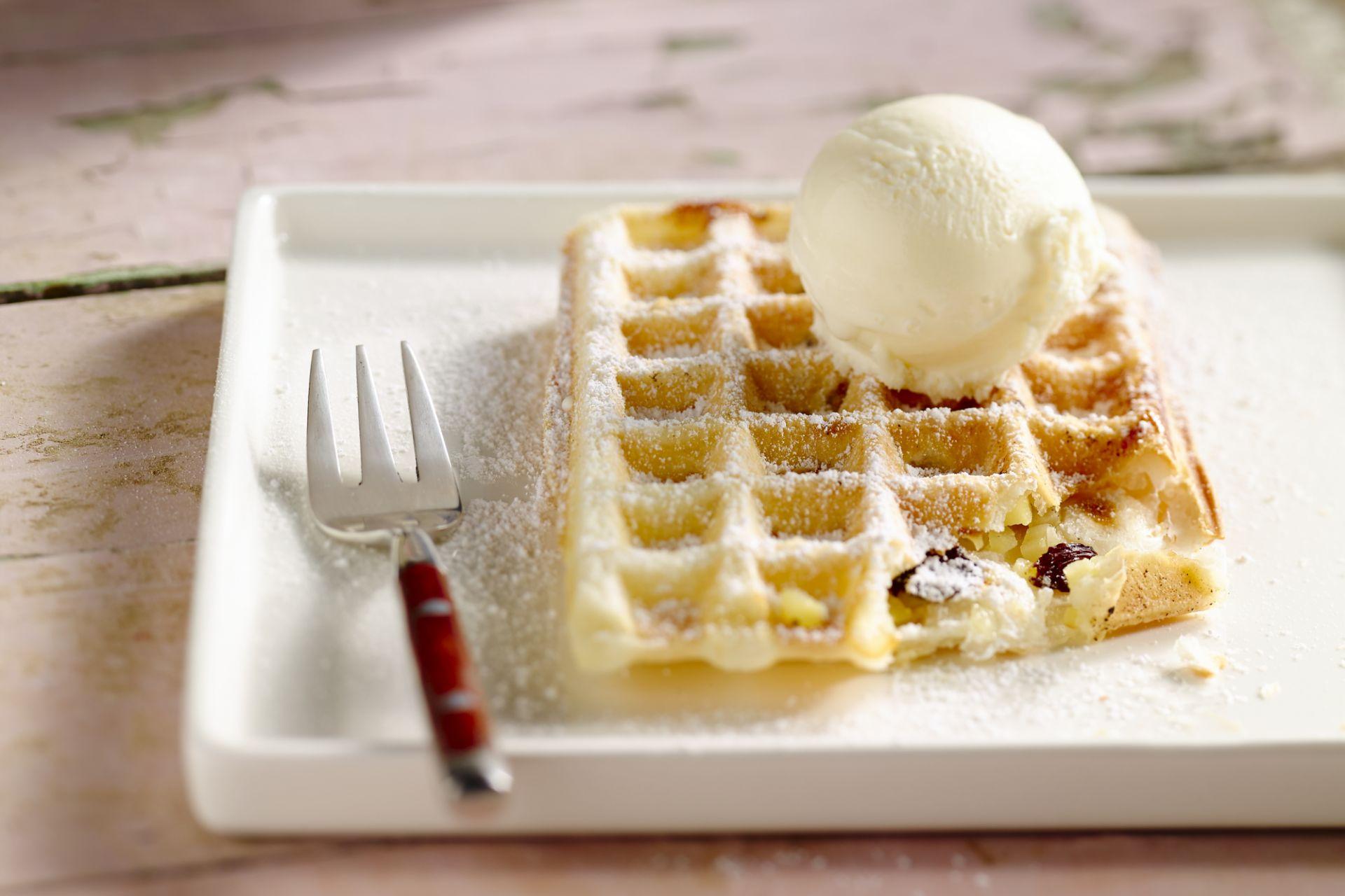 Appelwafeltjes met vanilleijs