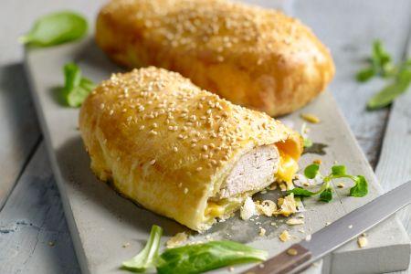 Kip met kaas in een jasje