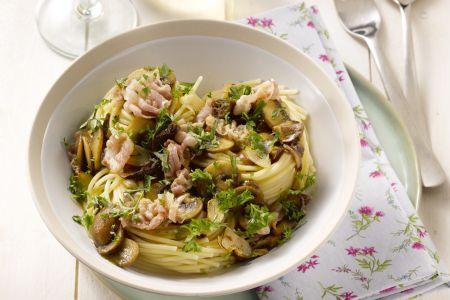 Spaghetti met paddenstoelen en pancetta