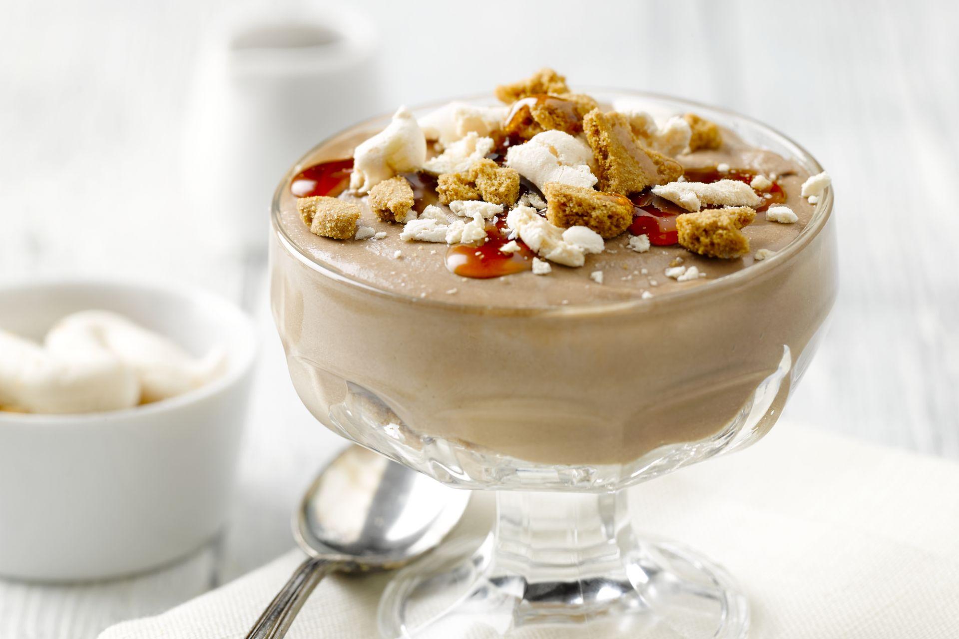 Chocoladeschuim met Baileys, meringue en speculaas