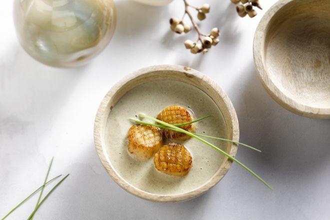 Velouté van champignons met sint-jakobsvruchten