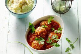 Foto van Gehaktballen met selder in tomatensaus