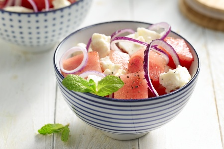 Watermeloensalade met feta en munt