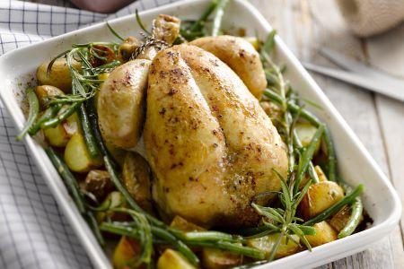 Gebraden kip met rozemarijnpatatjes en boontjes