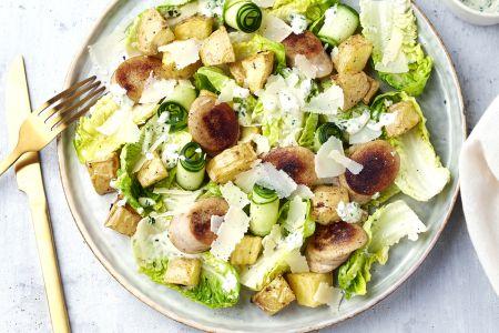 Caesar salade met witte pens en aardappelen