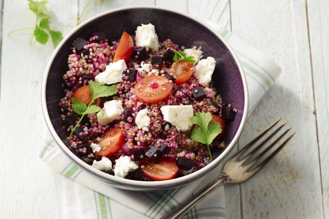 Quinoa taboulé met rode biet