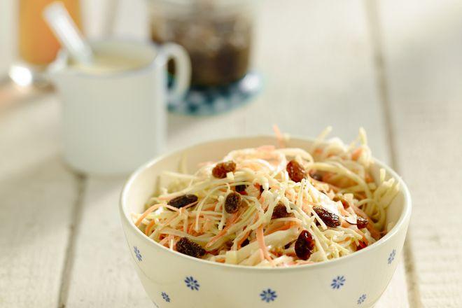 coleslaw met rozijntjes
