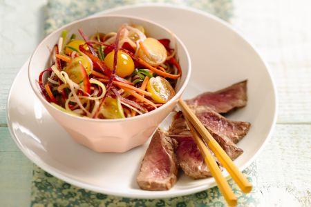 Thai beef salade met wortellinten