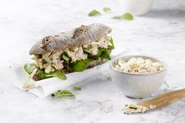 Foto van Broodje met tonijnsalade