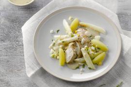 Foto van Gebakken kipfilet met asperges