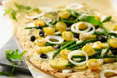 Pizza met asperges en geitenkaas