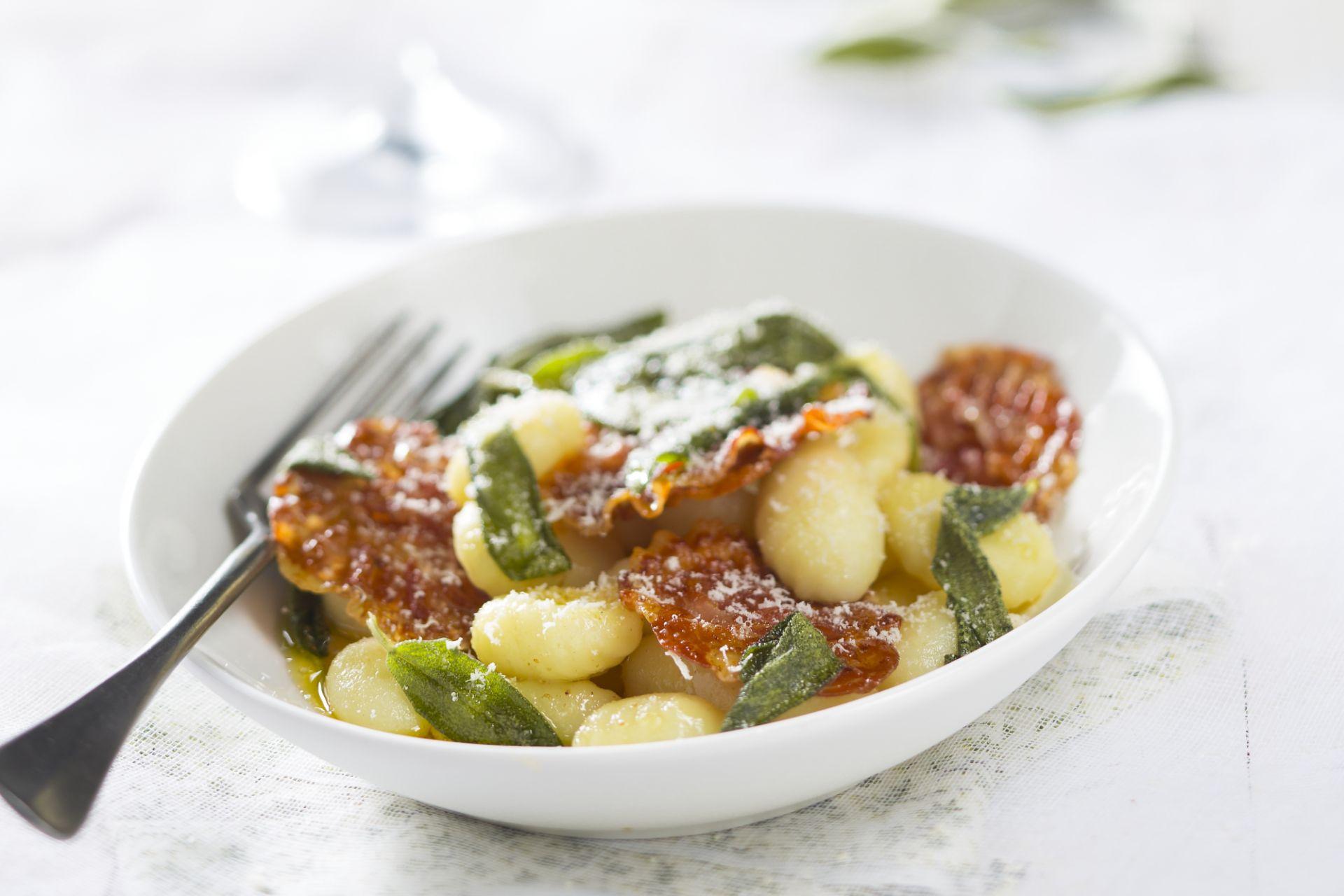 Gnocchi met salieboter en pancetta