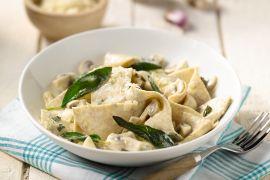 Foto van Volkoren pasta met kip en champignons