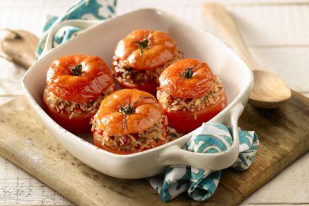 Tomaten gevuld met rijst en provençaalse kruiden