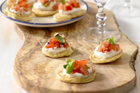 Mini maïsblini's met tomatenrelish