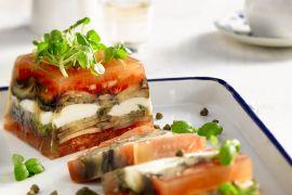 Foto van Terrine van tomaat en aubergine