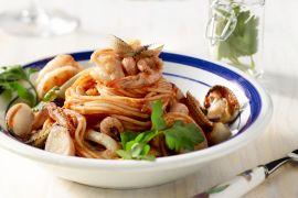 Foto van Pasta met zeevruchten en marinarasaus