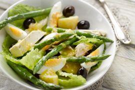 Foto van Salade met tonijn en asperges