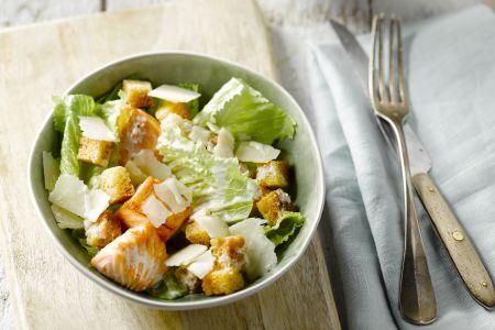 Caesarsalade met zalm