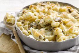 Foto van Macaroni met eieren en champignons