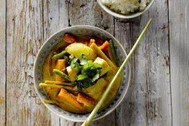 Foto van Gemengde groenten in currysaus