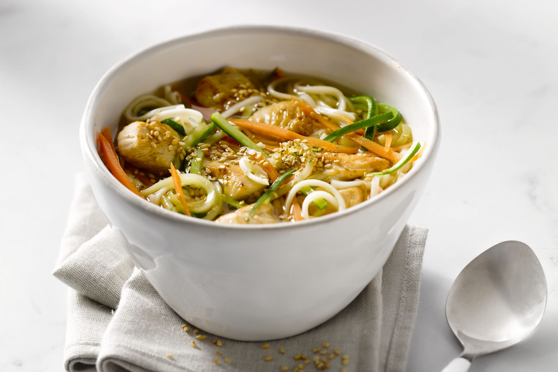 Noedels met kip en groenten
