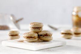 Foto van Chocolademacarons met zoute karamel