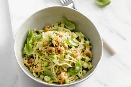 Spaghetti met garnalen en courgette