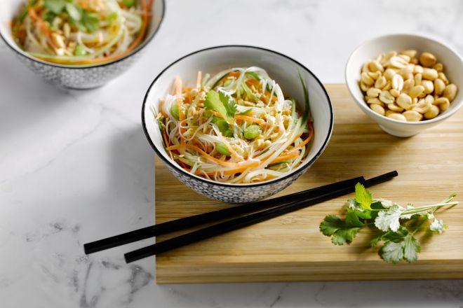 Oosterse salade met een vinaigrette van miso