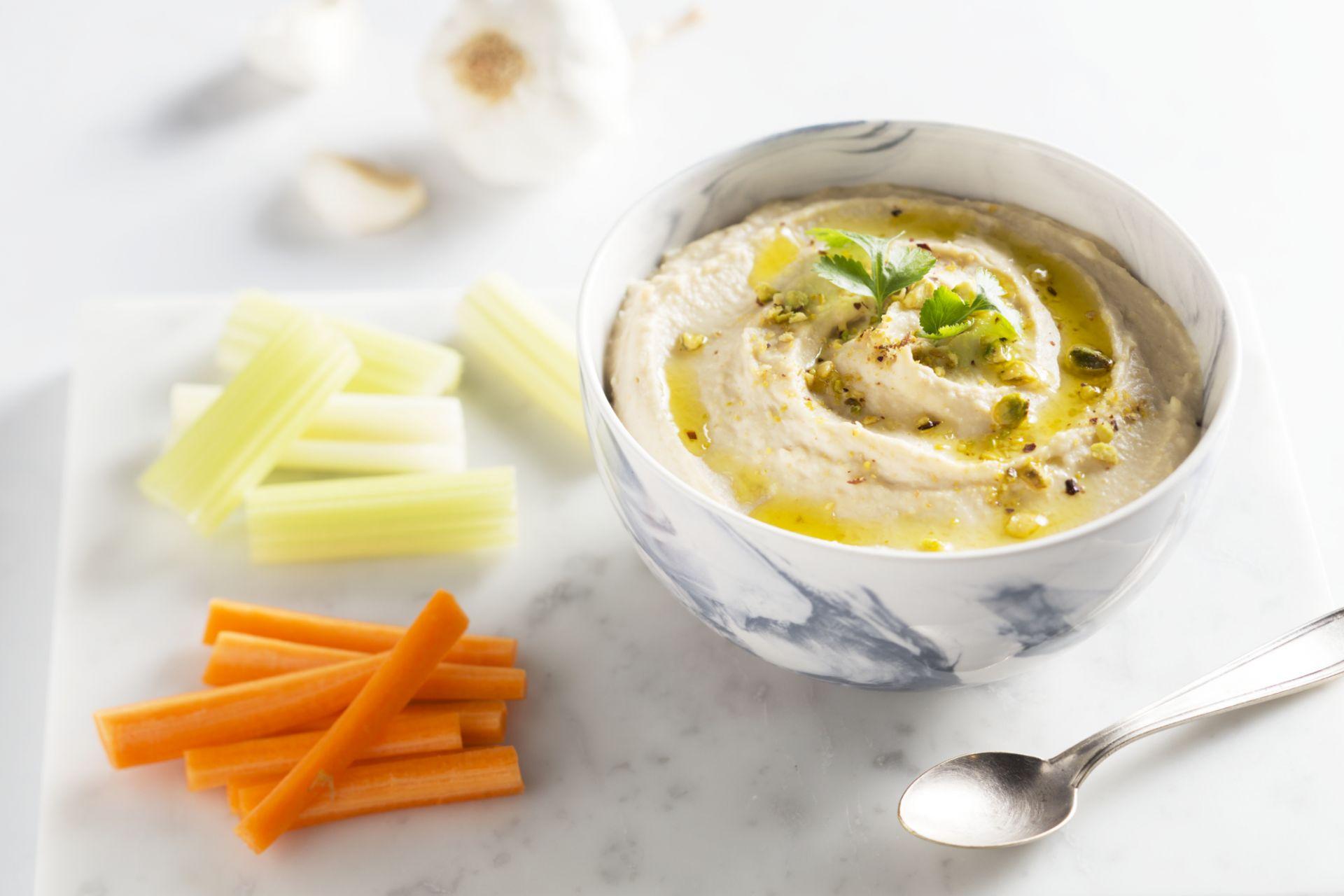 Hummus met rauwe groenten