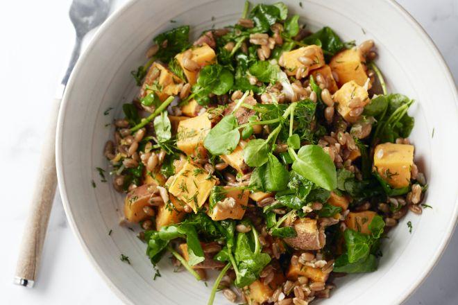 Salade van spelt en zoete aardappel