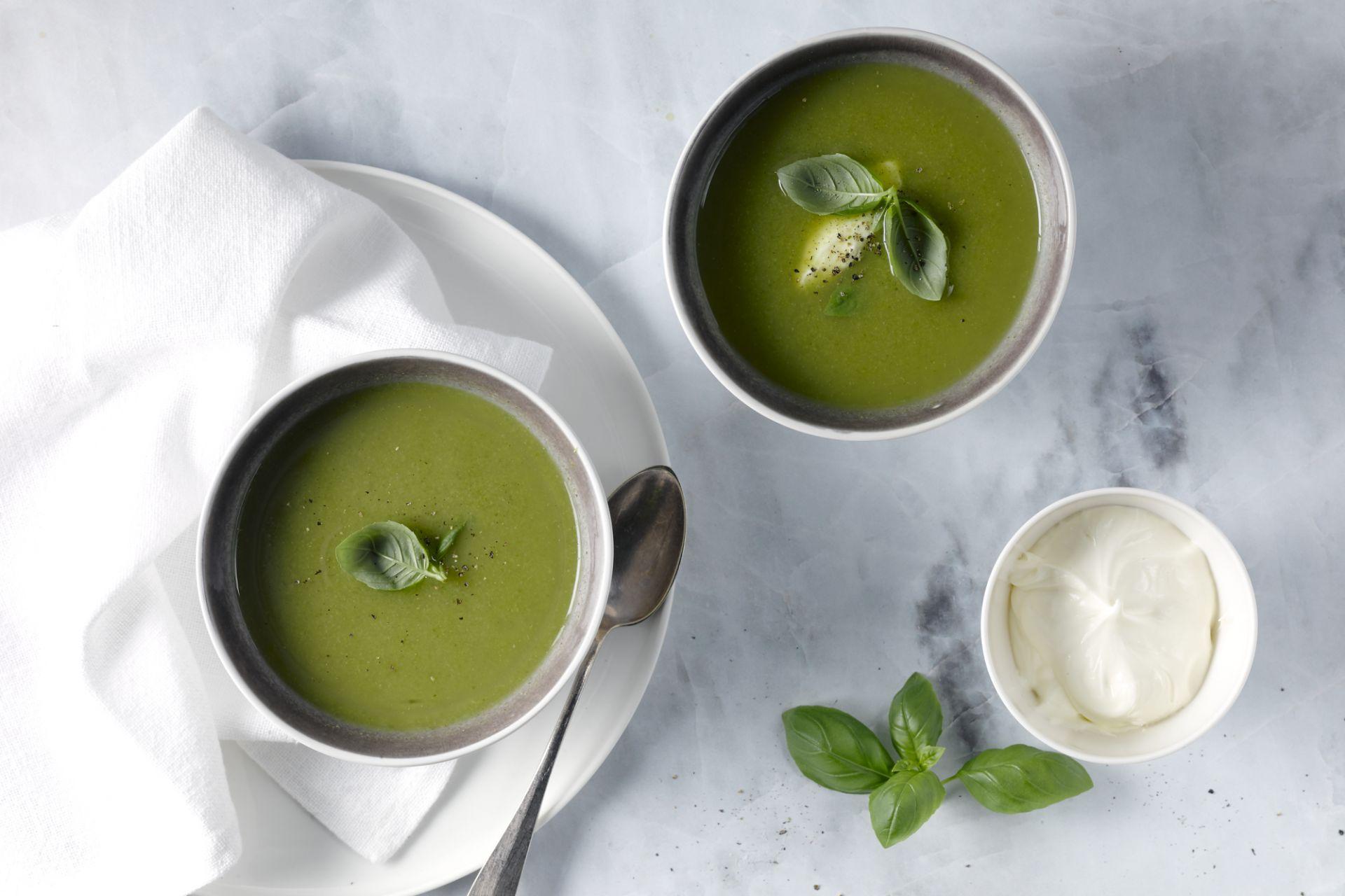 Lentesoepje met broccoli en doperwten