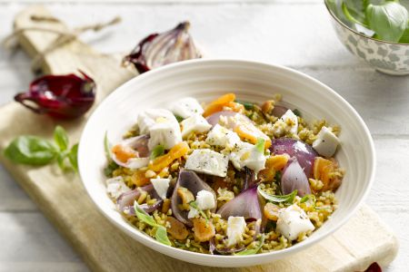 Freekeh salade met abrikozen en geitenkaas