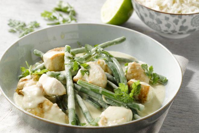 Kip met groene curry en sperzieboontjes