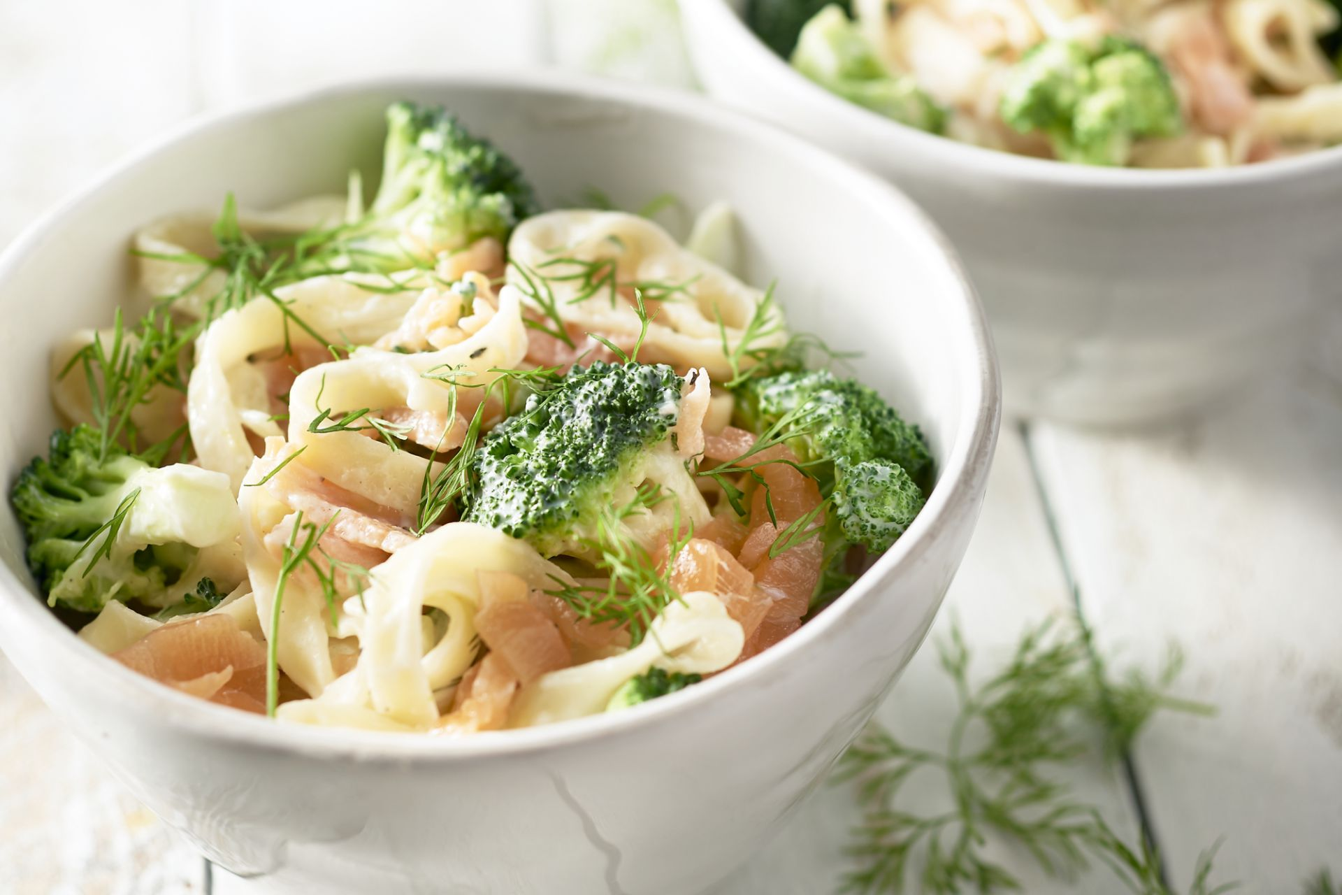 Linguine met gerookte zalm en broccoli