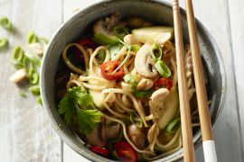 Foto van One pot Thai noedels