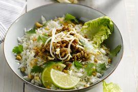 Foto van Thaise salade met varkensvlees en citroengras