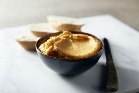 Hummus met zoete patat
